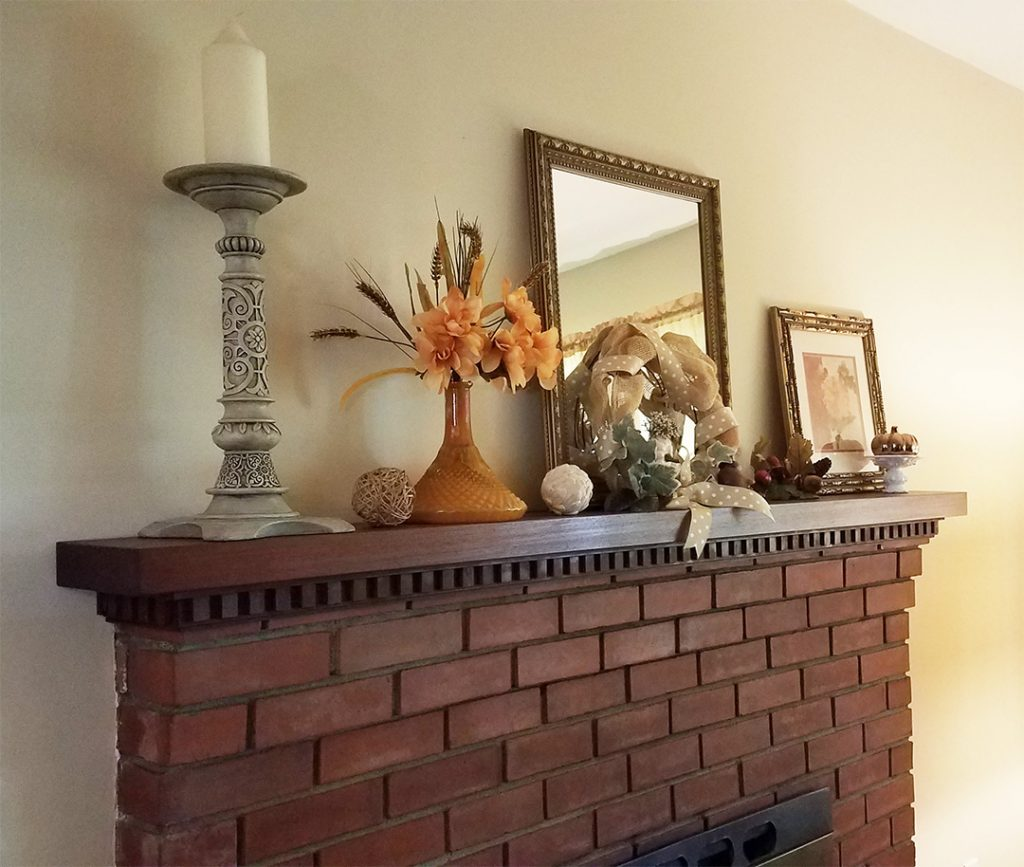 Fall decor ideas for fireplace mantels