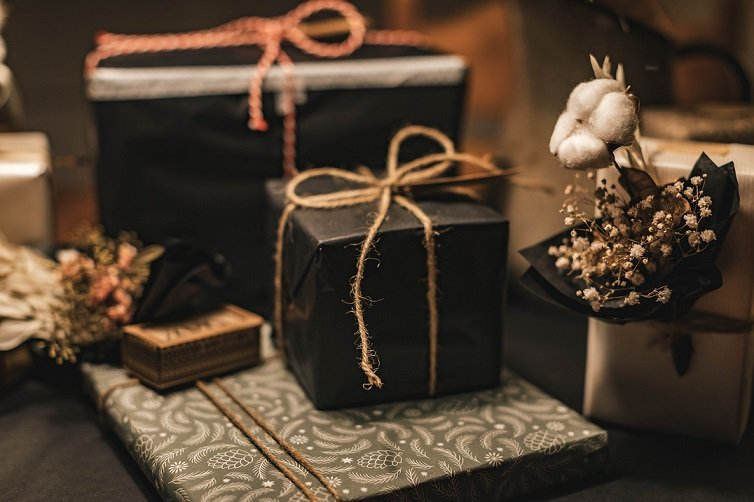 Affordable Hostess Gift Ideas From Amazon