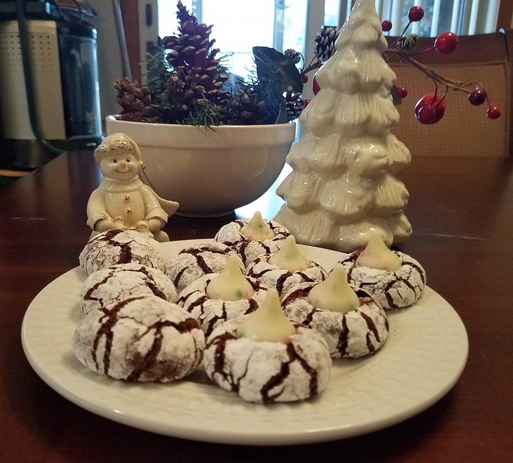 Cookies-n-Creme Chocolate Crinkle Cookies Recipe